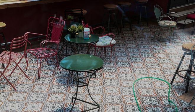 Έν ψυχρώ δολοφονία 25χρονου σε καφετέρια στο Περιστέρι