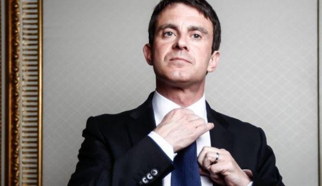 Χορεύοντας (Μανουέλ) Βαλς με τη λιτότητα: 'Ανεπαρκής η πρόοδος της Ελλάδας' για τον Γάλλο πρωθυπουργό