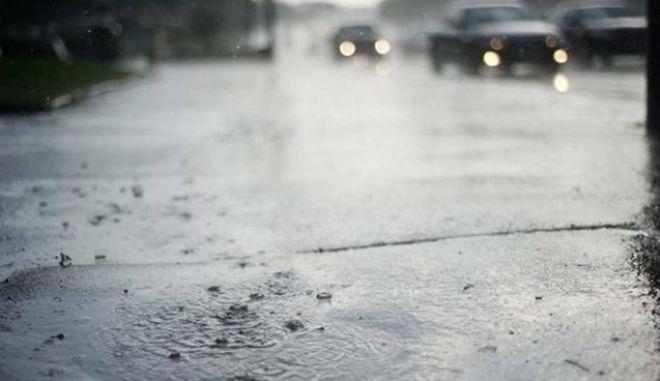 Βροχές και ενισχυμένοι νοτιάδες από βδομάδα
