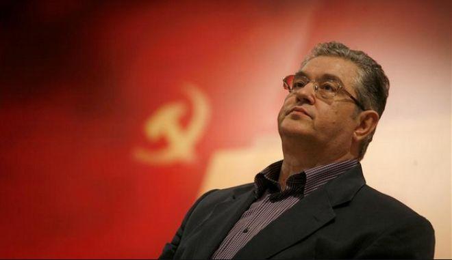 Ποιος είναι ο νέος γενικός γραμματέας του ΚΚΕ Δημήτρης Κουτσούμπας