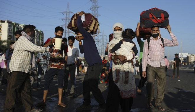 Οι εργαζόμενοι μεταναστεύουν στα χωριά τους