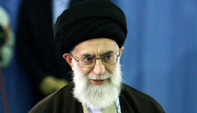 Ανώτατος Ηγέτης του Ιράν: Θεϊκή εκδίκηση θα πέσει στη Σαουδική Αραβία
