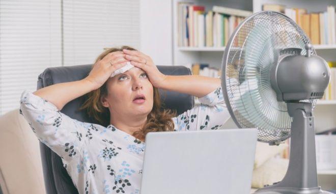 O άνθρωπος μπορεί να ζήσει έως 3 ώρες όταν το σώμα αποκτά θερμοκρασία 35 βαθμών Κελσίου -με την υγρασία να παίζει πολύ σημαντικό ρόλο.
