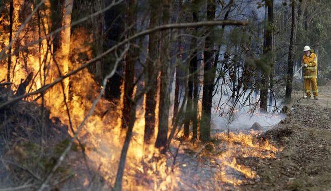 Πυροσβέστης στην Αυστραλία
