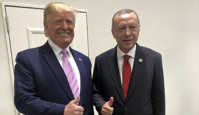"""Τραμπ σε Ερντογάν για Συρία: """" Σε ευχαριστώ - Θα σωθούν εκατομμύρια ζωές"""""""