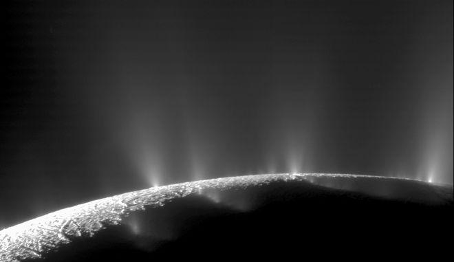 Αυτός ο γήινος οργανισμός θα επιβίωνε στο φεγγάρι του Κρόνου