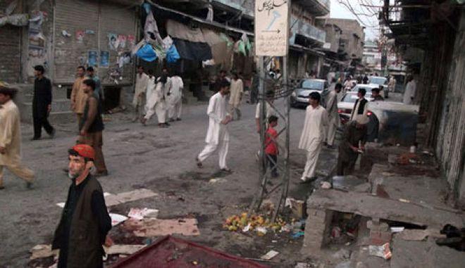 Πακιστάν: Νεκροί και τραυματίες σε επίθεση αυτοκτονίας