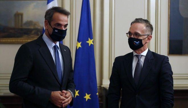 Ο Κυριάκος Μητσοτάκης μαζί με Χέικο Μάας