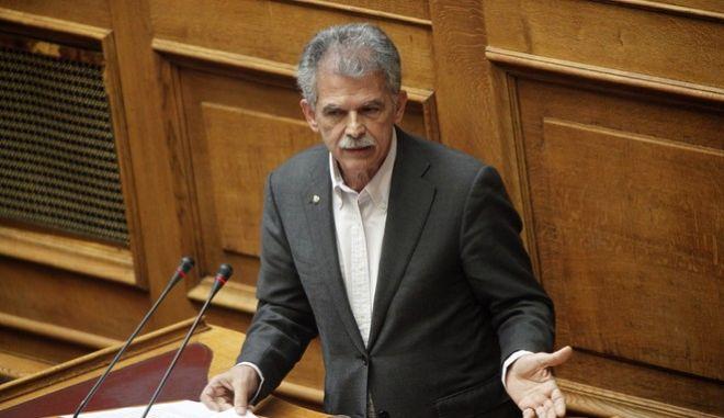Δανέλλης: Κρίμα να είναι σύμβολο του συλλαλητηρίου ο Μίκης Θεοδωράκης