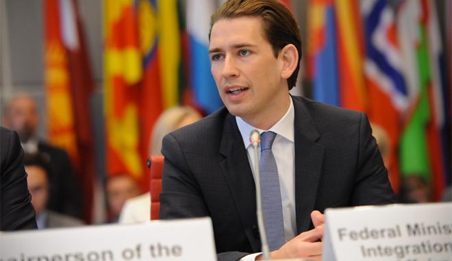 Αυστριακό ΥΠΕΞ: Προωθούμε χαλάρωση των κυρώσεων κατά της Ρωσίας