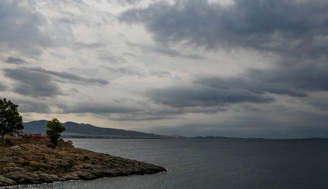 Βροχή στον Πειραιά την Κυριακή 9 Αυγούστου 2020. (EUROKINISSI/ΙΣΜΗΝΗ ΚΑΡΛΗ)