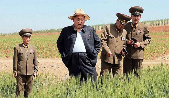 Ο Κιμ Γιόνγκ Ουν καλεί τους πολίτες να ετοιμαστούν για λιμό