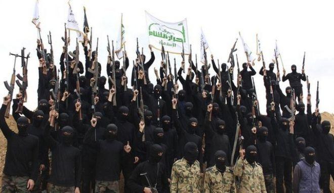 Σαουδική Αραβία : Συνελήφθησαν 93 υποστηρικτές του Ισλαμικού Κράτους για τρομοκρατία