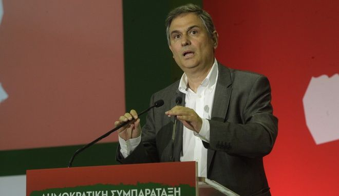 Σαχινίδης: Πρέπει να ελέγξουμε όλες τις εταιρείες φαρμάκου, όχι μόνο τη Novartis