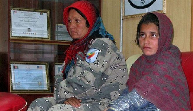 """Δεκάχρονη πιέστηκε - εξαναγκάστηκε από τον αδελφό της να ανατιναχτεί ως """"καμικάζι"""" στο Αφγανιστάν"""