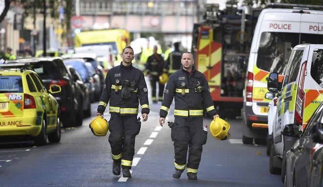 Βρετανοί πυροσβέστες