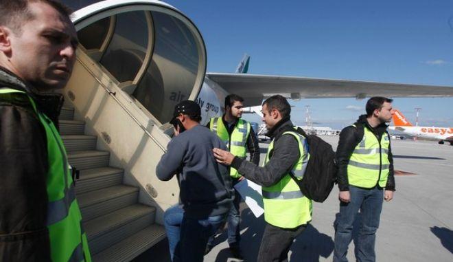 Επιστροφή 548 αλλοδαπών στις χώρες τους τον Απρίλιο