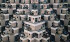 """""""Τερατώδη κτίρια"""": Συγκλονιστικά καρέ από έναν λάτρη της δυστοπίας"""