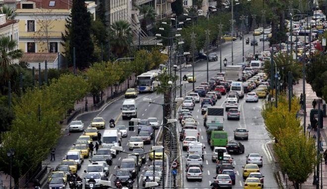 Λεωφόρος Βασ.Σοφίας κυκλοφοριακή συμφόρηση.(EUROKINISSI/ ΓΙΑΝΝΗΣ ΠΑΝΑΓΟΠΟΥΛΟΣ)