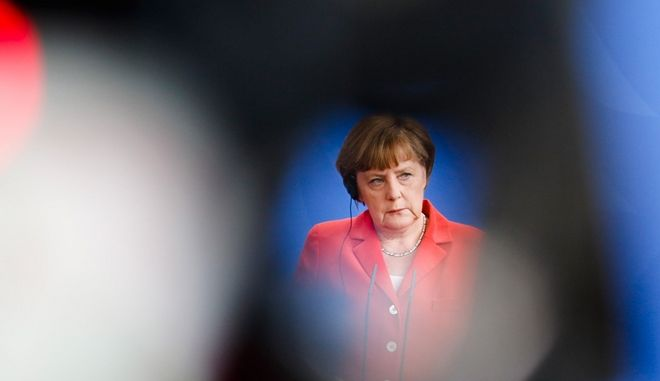 Η Ελλάδα μπορεί να σώσει τη Μέρκελ από το φάντασμα του Χίτλερ που ακόμα τη στοιχειώνει