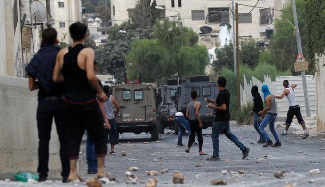 Πρόταση για ειρηνευτικές συνομιλίες με τους Παλαιστινίους θα εξετάσει το Ισραήλ