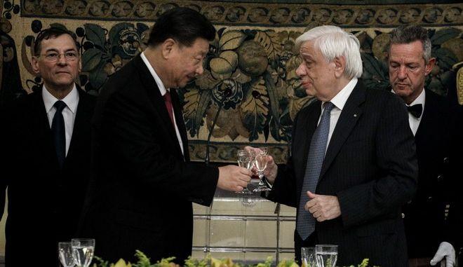 Επίσημο δείπνο προς τιμήν του Προέδρου της Λαϊκής Δημοκρατίας της Κίνας Σι Τζινπίνγκ από τον Πρόεδρο της Δημοκρατίας Προκόπη Παυλόπουλο