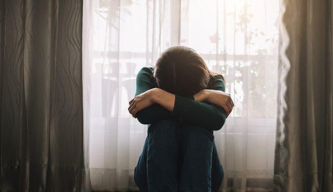 """Συγκλονίζει η μητέρα θύματος κακοποίησης: """"Το 'τα ήθελε η ανήλικη', να ξεριζωθεί από την κοινωνία"""""""