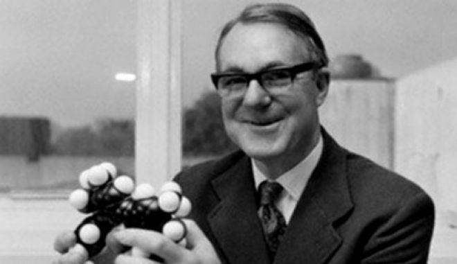 Πέθανε ο Νομπελίστας χημικός Κόρνφορθ