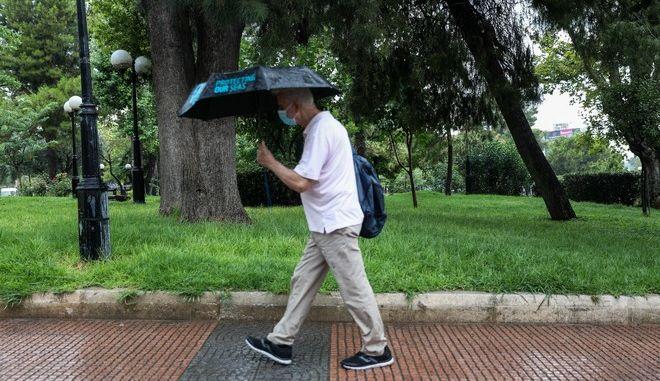 Βροχές (φωτογραφία αρχείου)