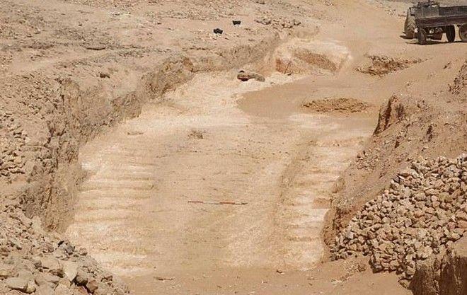 Η 4.500 ετών ράμπα που ίσως χρησιμοποιήθηκε για την κατασκευή της Πυραμίδας του Χέοπα