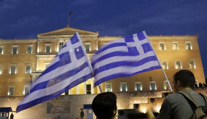 Δημοσκόπηση: Το 47% των Γερμανών επιθυμεί διάσωση της Ελλάδας