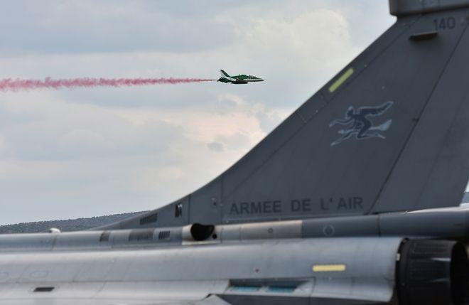 Athens Flying Week 2021: Υπερθέαμα με αεροσκάφη να