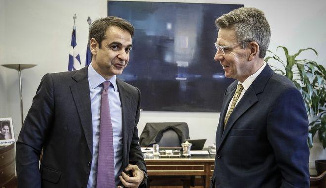 Συνάντηση του  προέδρου της Νέας Δημοκρατίας, Κυριάκου Μητσοτάκη με τον πρέσβη των Ηνωμένων Πολιτειών Geoffrey Pyatt