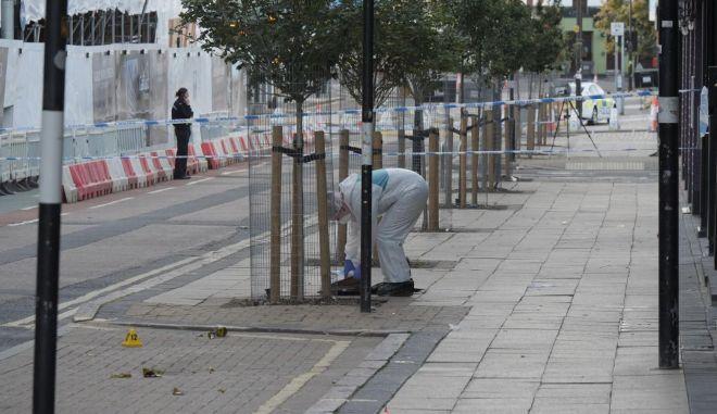 Συναγερμός στο Μπέρμπιχαμ: Μαχαιρώθηκαν πολίτες τα ξημερώματα
