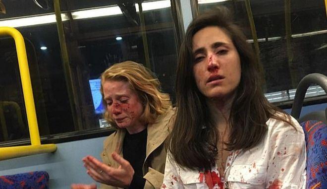 Αρνήθηκαν να φιληθούν και τις ξυλοκόπησαν - Κυκλοφόρησε βίντεο ντοκουμέντο