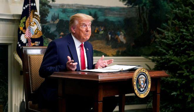 Ο Πρόεδρος Ντόναλντ Τραμπ συμμετέχει σε τηλεδιάσκεψη με μέλη του στρατού την ημέρα των Ευχαριστιών, 26 Νοεμβρίου 2020, στον Λευκό Οίκο στην Ουάσινγκτον.
