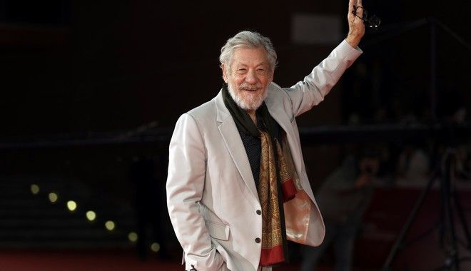 Actor Ian McKellen poses on the red carpet as he arrives at the 12th edition of the Rome Film Fest, in Rome, Wednesday, Nov. 1, 2017. (AP Photo/Andrew Medichini)