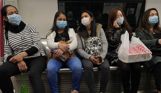 Μάσκες για προστασία από τον κοροναϊό