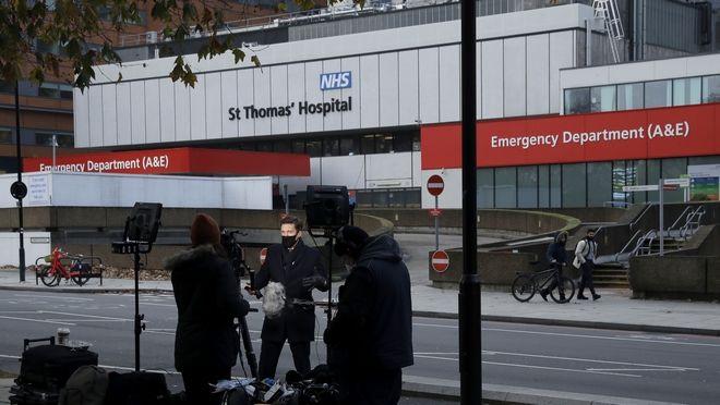 Ξεκινούν οι εμβολιασμοί στη Βρετανία