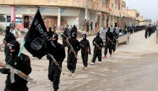Ποινή κάθειρξης 5 ετών για δυο Ρωσίδες που έστελναν χρήματα στο ISIS