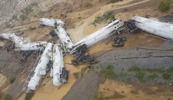 Αυστραλία: Εκτροχιάστηκε τρένο που μετέφερε 200.000 λίτρα θειικού οξέος