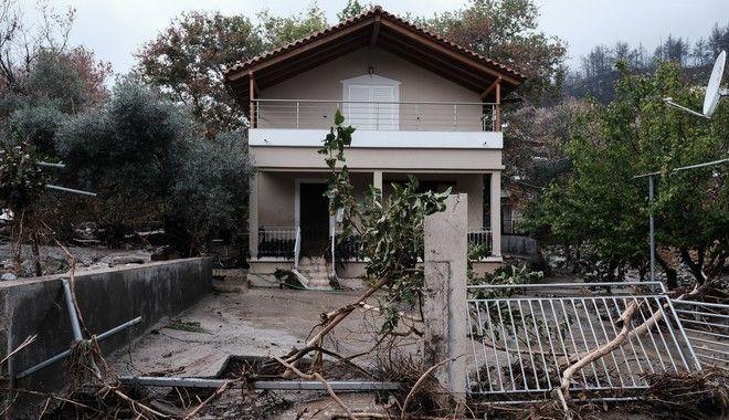 Μετρούν τις πληγές τους οι κάτοικοι της Β. Εύβοιας