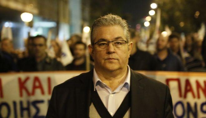 Κουτσούμπας: 'Γάγγραινα' που υπονομεύει τα λαϊκά συμφέροντα ο ΣΥΡΙΖΑ