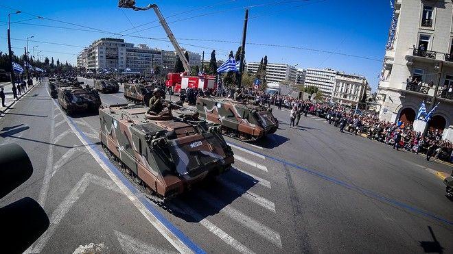 Στρατιωτική παρέλαση στην Αθήνα για την εθνική επέτειο της 25ης Μαρτίου 1821, την Δευτέρα 25 Μαρτίου 2019. (EUROKINISSIΓΙΩΡΓΟΣ ΚΟΝΤΑΡΙΝΗΣ)