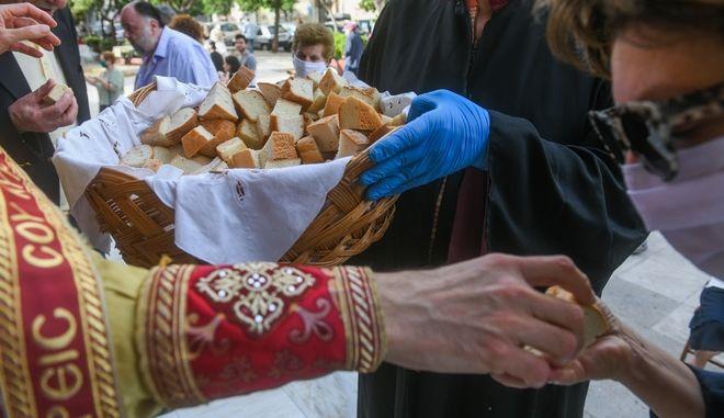 Κανόνες ασφαλείας σε εκκλησίες για την αντιμετώπιση του κορονοίου