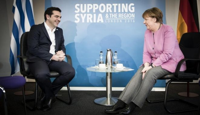The Supporting Syria and the Region conference is taking place in London, on 4 February 2016. It brings together world leaders in a bid to raise the money needed to help the millions of people whose lives have been torn apart by the devastating civil war in Syria. Syria is the worlds biggest humanitarian crisis. Billions of dollars in international aid are needed to support people caught up in the conflict.The UK, Germany, Kuwait, Norway, and the United Nations are co-hosting the conference to raise significant new funding to meet the immediate and longer-term needs of those affected. The conference is also setting ambitious goals on education and economic opportunities to transform the lives of refugees caught up in the Syrian crisis  and to support the countries hosting them. /      ,  4 , 2016