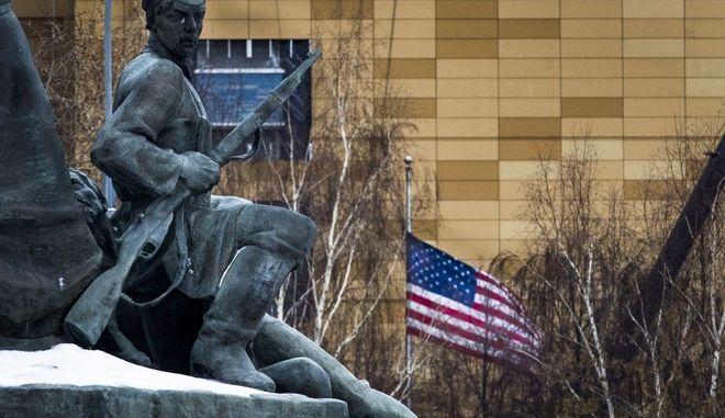Η Αμερικανικη πρεσβεία στη Ρωσία