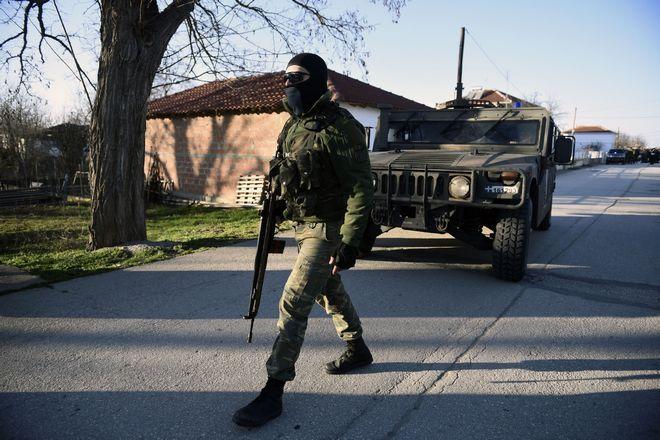 Ελληνικός στρατός στα σύνορα με την Τουρκία
