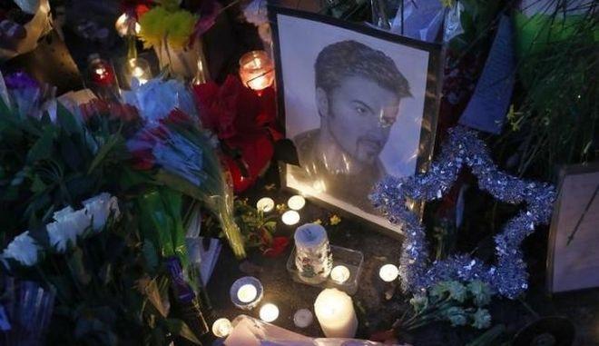 George Michael: Η νεκροτομή δεν αποκάλυψε τα αίτια του θανάτου του