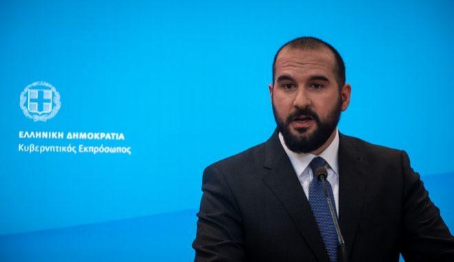 Ενημέρωση των πολιτικών συντακτών από τον υπουργό Επικρατείας και Κυβερνητικό Εκπρόσωπο, Δημήτρη Τζανακόπουλο